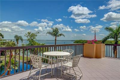 Fort Myers Beach Condo/Townhouse For Sale: 4263 Bay Beach Ln #213