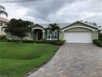 Cape Coral Single Family Home For Sale: 5232 SW 18th Ave