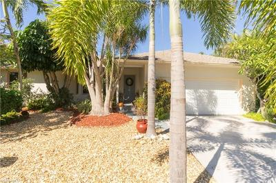 Matlacha Isles Single Family Home For Sale: 12109 Boat Shell Dr