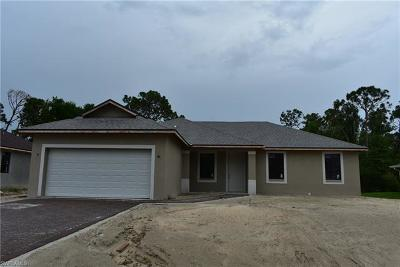 Fort Myers Single Family Home For Sale: 8160 Anhinga Rd