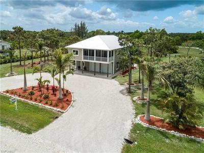 Bokeelia Single Family Home For Sale: 6549 Monteray Dr