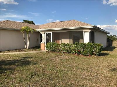 Cape Coral Single Family Home For Sale: 3015 NW 1st Ave