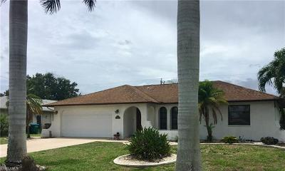 Cape Coral Single Family Home For Sale: 1834 SE 1st St