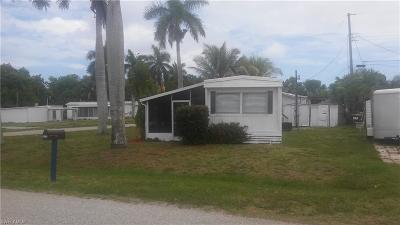 Fort Myers Mobile/Manufactured For Sale: 12220 Moss Dr