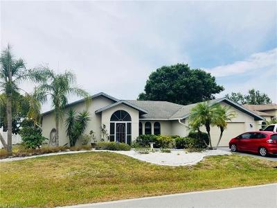 Port Charlotte Single Family Home For Sale: 485 Loveland Blvd