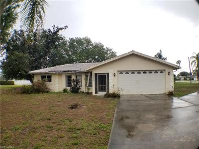 Cape Coral Single Family Home For Sale: 3504 SE 3rd Pl