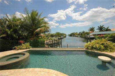 Cape Coral Single Family Home For Sale: 2418 Cape Coral Pky W