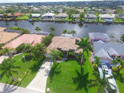 Cape Coral Single Family Home For Sale: 4413 SW 26th Ct