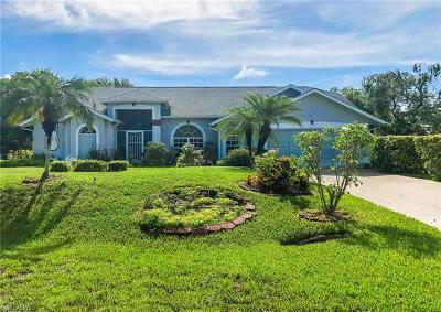 Lehigh Acres Single Family Home For Sale: 610 Robert Ave