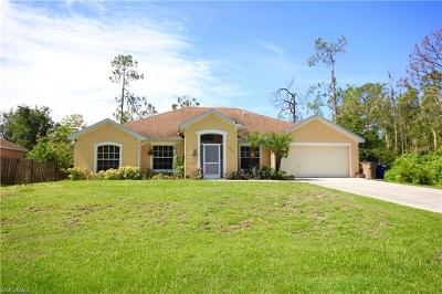 Lehigh Acres Single Family Home For Sale: 5215 Beauty St