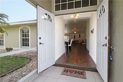 Cape Coral Single Family Home For Sale: 216 SE 25th Ter