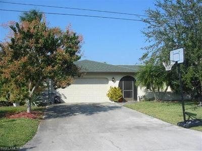 Cape Coral Single Family Home For Sale: 3010 SE 6th Ave