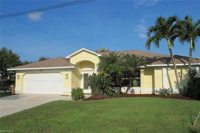 Cape Coral Single Family Home For Sale: 2322 SE 20th Ave
