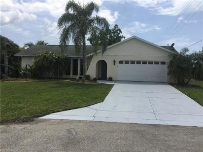 Cape Coral, Matlacha, North Fort Myers Single Family Home For Sale: 4800 SW 12th Pl
