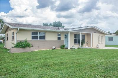 North Fort Myers Single Family Home For Sale: 1242 Sabal Gardens Dr