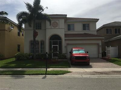Lehigh Acres Single Family Home For Sale: 8676 Pegasus Dr