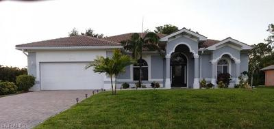 Cape Coral Single Family Home For Sale: 2705 SW 5th St