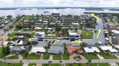 Fort Myers Beach Single Family Home For Sale: 5 Fairview Blvd