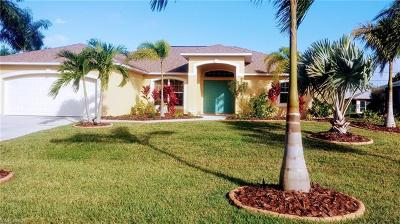 Cape Coral Single Family Home For Sale: 305 SE 23rd St