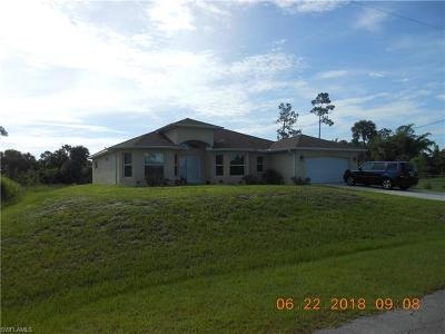 Lehigh Acres Single Family Home For Sale: 714 Henry Ave