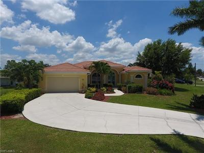 Bonita Springs, Cape Coral, Fort Myers, Fort Myers Beach Single Family Home For Sale: 1804 SE Palaco Grande Pky