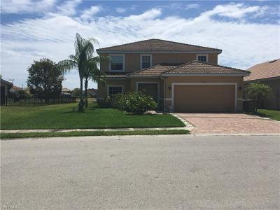 Bonita Springs, Cape Coral, Fort Myers, Fort Myers Beach Single Family Home For Sale: 2116 Cape Heather Cir
