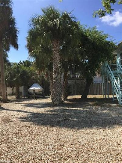 Fort Myers Residential Lots & Land For Sale: 139 Madison Ct