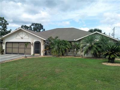 Port Charlotte Single Family Home For Sale: 174 Fletcher St