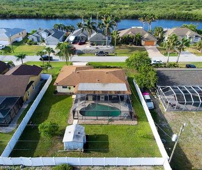 Port Charlotte Single Family Home For Sale: 18787 Ayrshire Cir