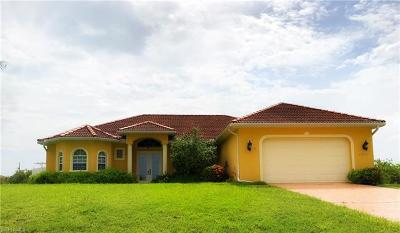 Cape Coral Single Family Home For Sale: 3054 NW 4th Pl