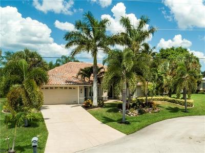 Cape Coral Single Family Home For Sale: 4104 SW 27th Pl