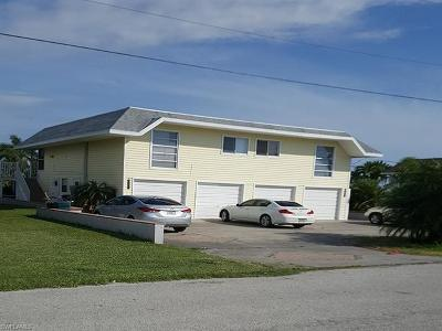 Fort Myers Beach Multi Family Home For Sale: 21571 Widgeon Ter