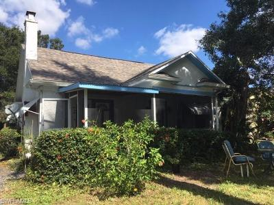 Fort Myers Single Family Home For Sale: 1563 Alcazar Ave