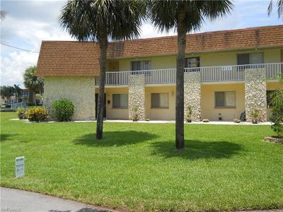 Cape Coral FL Condo/Townhouse For Sale: $219,000
