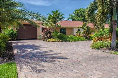 Cape Coral Single Family Home For Sale: 1424 SE 26th St