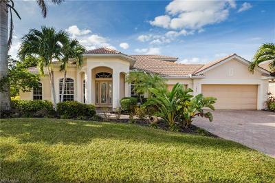 Cape Coral Single Family Home For Sale: 5802 Harbour Cir