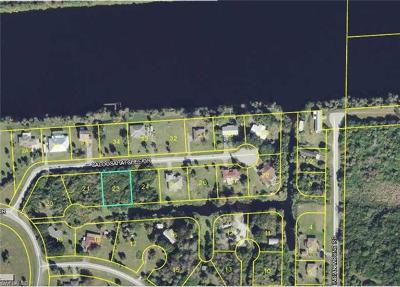 Glades County Residential Lots & Land For Sale: 8205 Caloosahatchee Dr