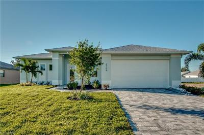 Cape Coral Single Family Home For Sale: 2106 SW 30th St