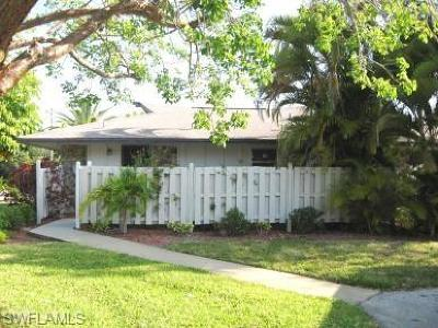 Condo/Townhouse For Sale: 4261 Island Cir #8