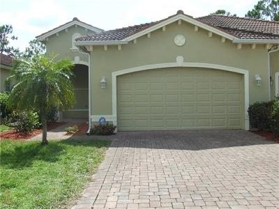 Lehigh Acres Condo/Townhouse For Sale: 9058 Leatherwood Loop