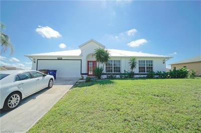 Lehigh Acres Single Family Home For Sale: 920 Alfreda Ave