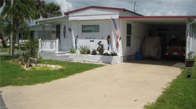 North Fort Myers Mobile/Manufactured For Sale: 121 Overland Trl