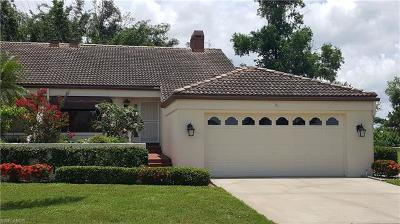 Fort Myers Single Family Home For Sale: 6070 Forest Villas Cir