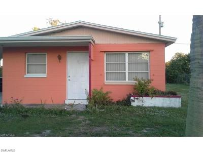 Lehigh Acres Single Family Home For Sale: 17 Andora St