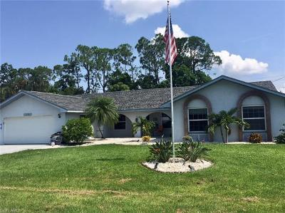 Fort Myers Single Family Home For Sale: 2369 Dover Ave