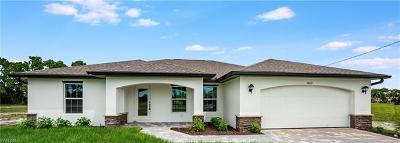 Cape Coral Single Family Home For Sale: 2232 SW 14th Pl