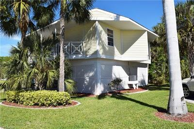 North Fort Myers Condo/Townhouse For Sale: 950 Moody Rd #111
