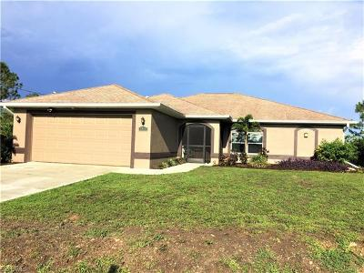 Lehigh Acres Single Family Home For Sale: 1015 Wagner Ave