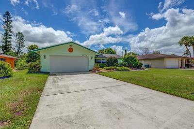 Naples Single Family Home For Sale: 4429 Lakewood Blvd