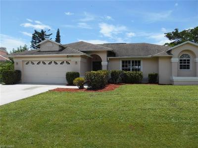 Bokeelia, Cape Coral, Captiva, Fort Myers, Fort Myers Beach, Matlacha, Sanibel, St. James City, Upper Captiva Single Family Home For Sale: 6671 Kestrel Cir